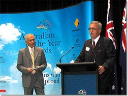 philip_wollen_receiving_2007_australian_of_the_year_award